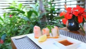 Long Beach Golf & Spa Resort – Belle Mare - Dining