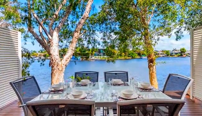 Noosa Entrance Waterfront Resort - Noosaville - Queensland - Promotion