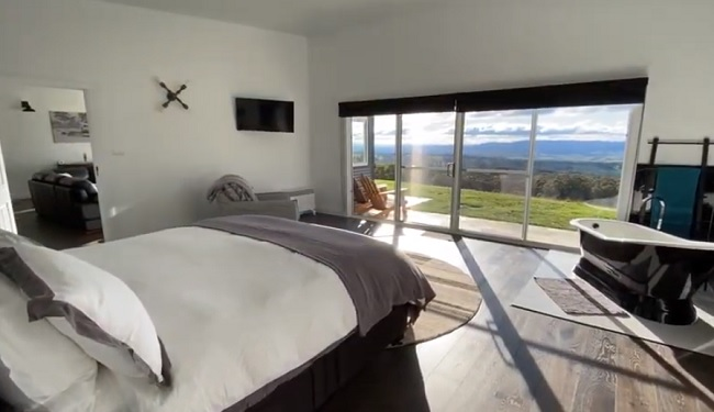 Hickory Moon Luxury Accommodation - Oberon - New South Wales - Promotion